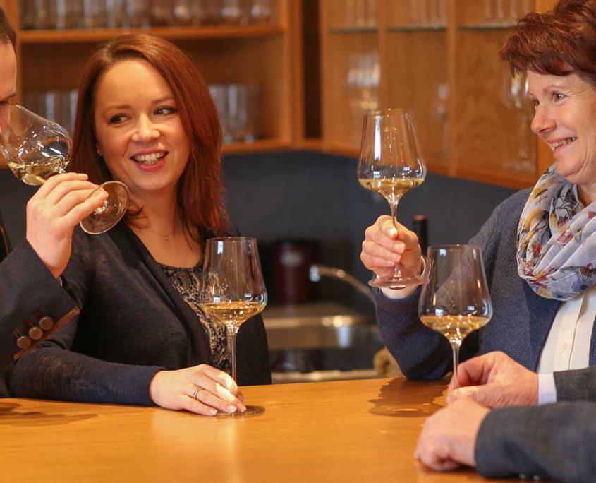 Tom Dockner, Genuss von österreichischem Wein