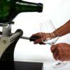 Ausschenk-Hilfe für grosse Flaschen